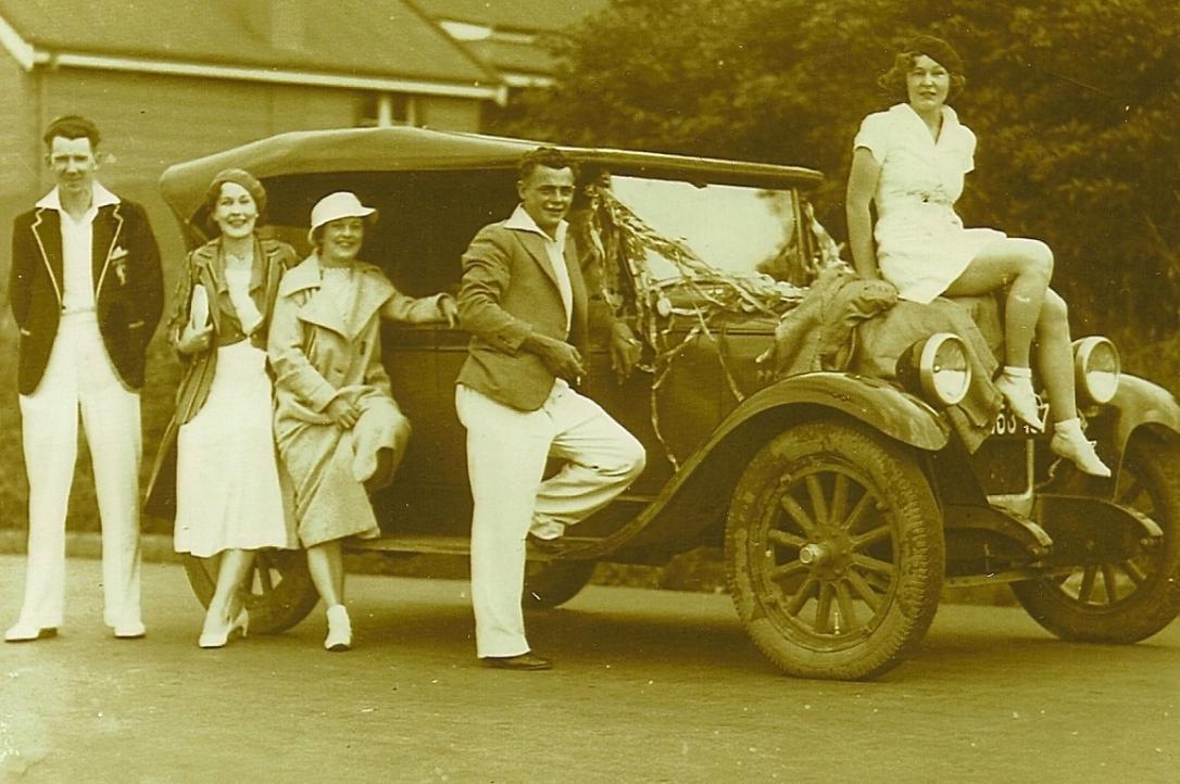 Zena Hayes on car